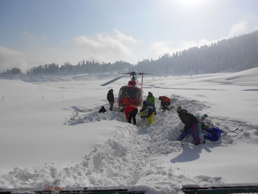 Kashmir Heli skiing Packages